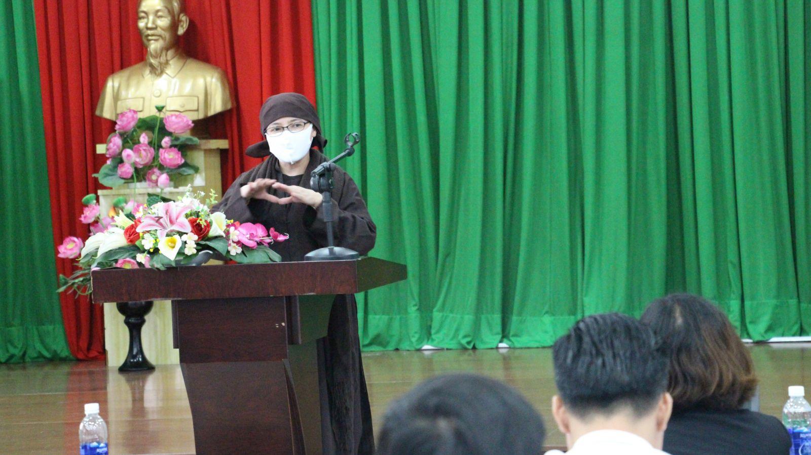 Sư cô Thích Nữ Giới Tánh kêu gọi quyên góp đợt 2 giúp đỡ đồng bào Đà Nẵng trong tâm dịch Covid – 19.